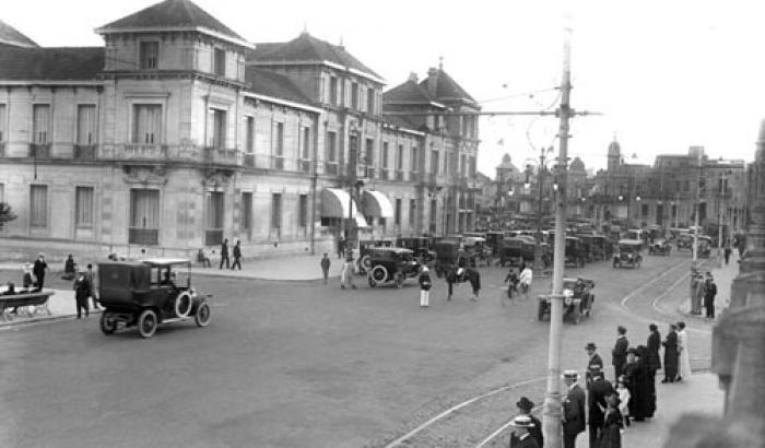 Rambla y Hotel de los Pocitos. Año 1919 (Foto 2299 FMH.CMDF.IMM.UY)