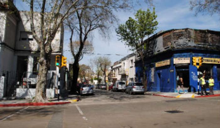 Semáforos en Av. Rivera y Llambí inaugurados en setiembre 2014